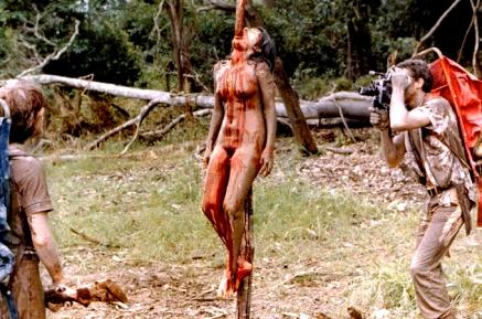 Cannibal_Holocaust_1